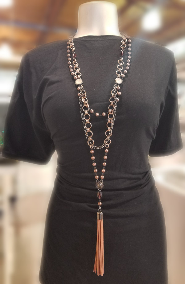 Brown Swarovski pearls necklace