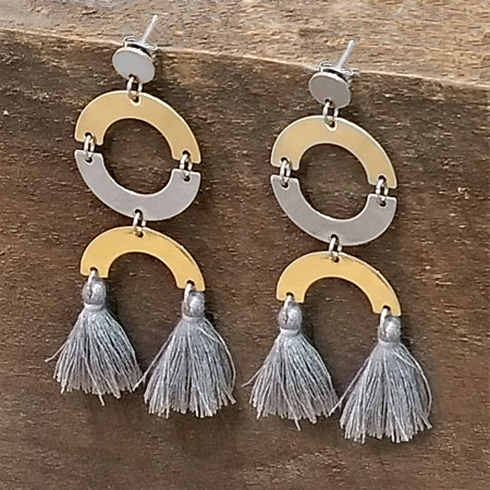 Tassel conector earrings