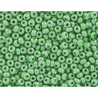Seed beads, rocailles luster green