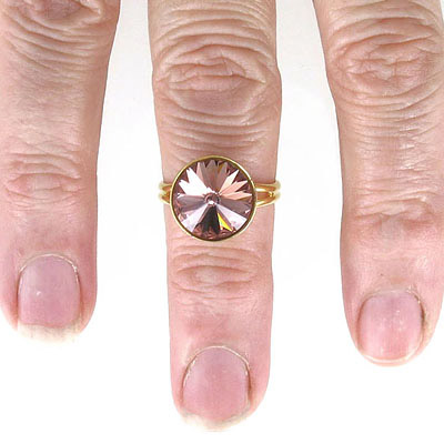 Finger ring expandable, size 6 -7.5, setting for Swarovski 1122/12mm, gold plate
