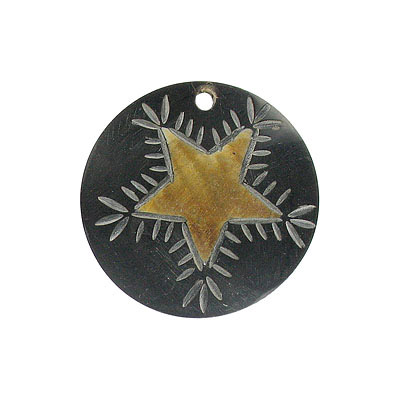 Horn pendant carved flat large 50mm star