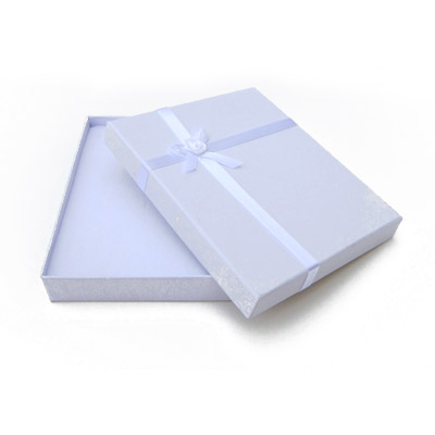 Jewelry gift box with bow and ribbon, 12x16mm, white