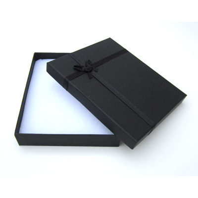 Jewelry gift box with bow and ribbon, 16x19mm, black
