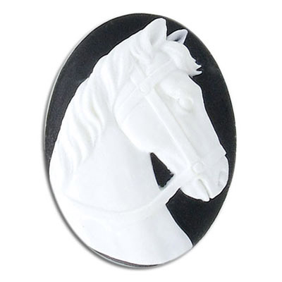 Cameo, 40x30mm, horse head, white on black, plastic